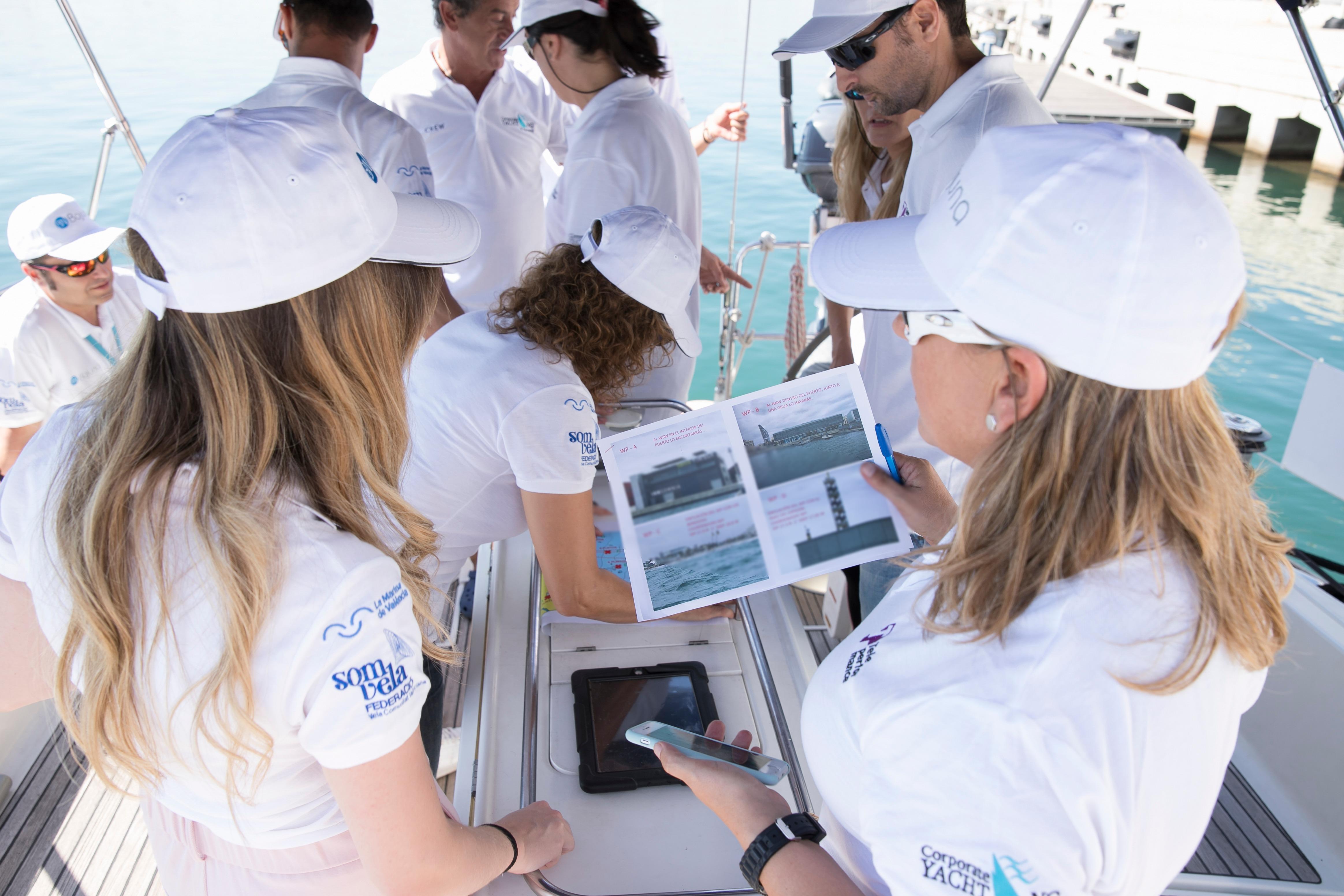 dia-mujer-corporate-yachting