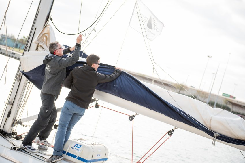 trabajo-equipo-veleros-corporate-yachting